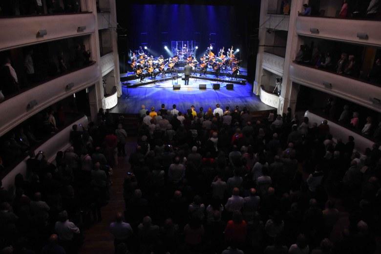 Orquesta Municipal de Guitarras Tito Francia (1)
